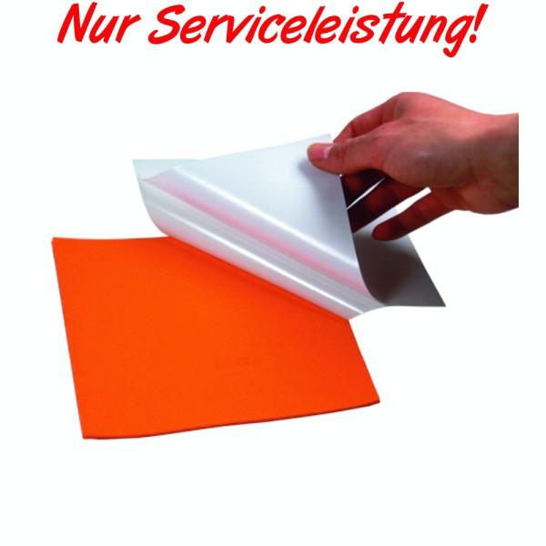 Schlägermontage mit Klebefolie (Dienstleistung)